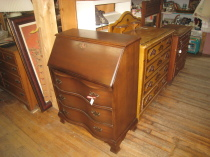 Mahogany desk, with drawers